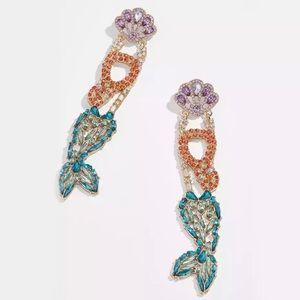 🦜 BRAND NEW Luxurious Mermaid Crystal Earrings 🦜